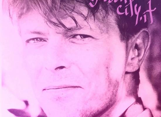 Anche a Sassari David Bowie muore